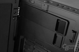 """Fractal Design Define R5 – Zwei 5,25""""-Laufwerksschächte"""