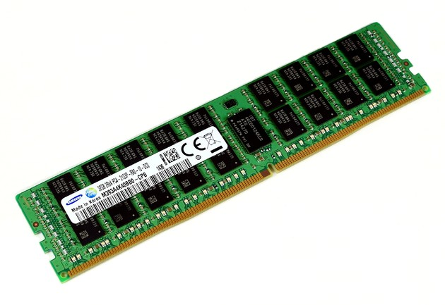 32-GB-RDIMM mit 8-Gbit-DDR4-Chips