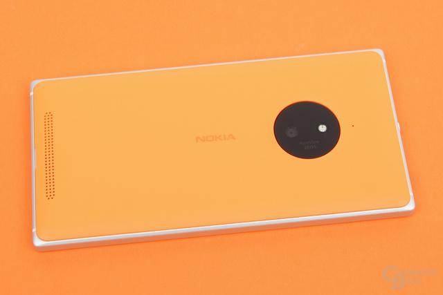 Das Nokia Lumia 830 ist ein gutes Smartphone, kein echtes Flaggschiff, aber erschwinglich