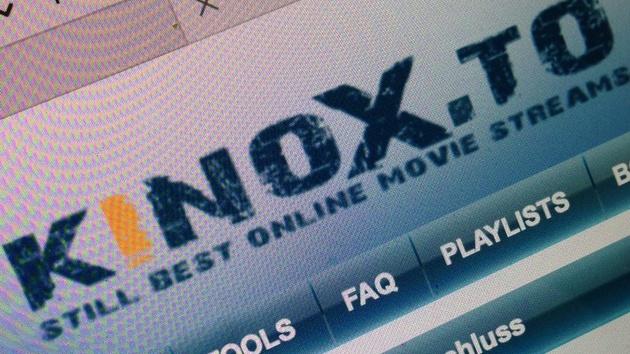 Illegales Streaming: Großrazzia bei Kinox.to zwingt Betreiber zur Flucht