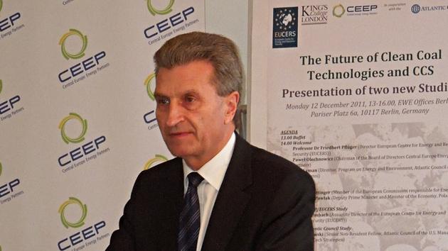 Urheberrecht: Oettinger plant europäische Abgabe für Online-Inhalte