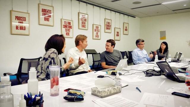 Mark Zuckerberg bei der Konferenz zu den Geschäftszahlen