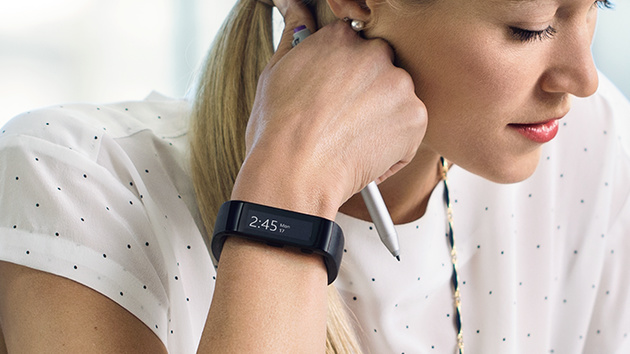 Wearables: Microsoft Band kombiniert Smartwatch und Fitness-Armband
