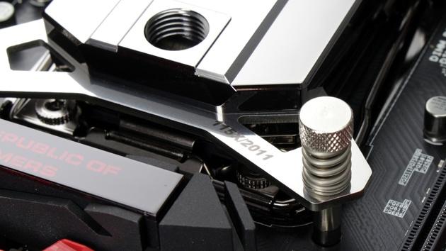 Watercool Heatkiller 4: Werkzeuglose Montage für den Wasserkühler