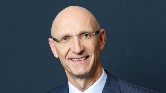 Deutsche Telekom: Vorstandschef Höttges hält an DeutschlandNet-Plänen fest