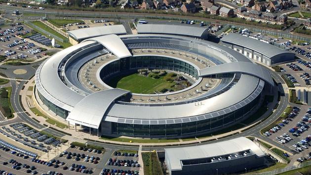 Überwachnung: GCHQ fordert engere Zusammenarbeit mit Tech-Firmen