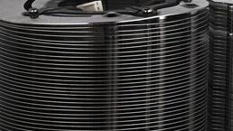 Spire Swirl IV: Kreisrunder Towerkühler mit Radiallüfter