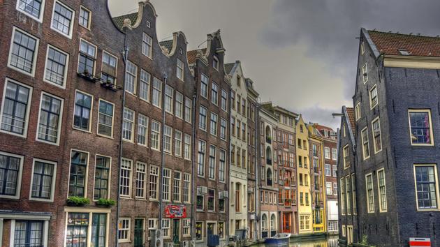 Amazon: Mit Kindle und E-Books in die Niederlande