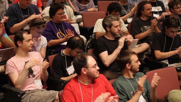 Debian: Grundsatzentscheid zu Systemd fordert Opfer