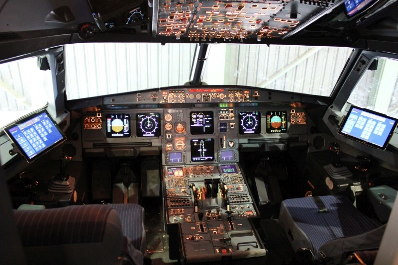 Zwei Surface-Tablets in einem A320