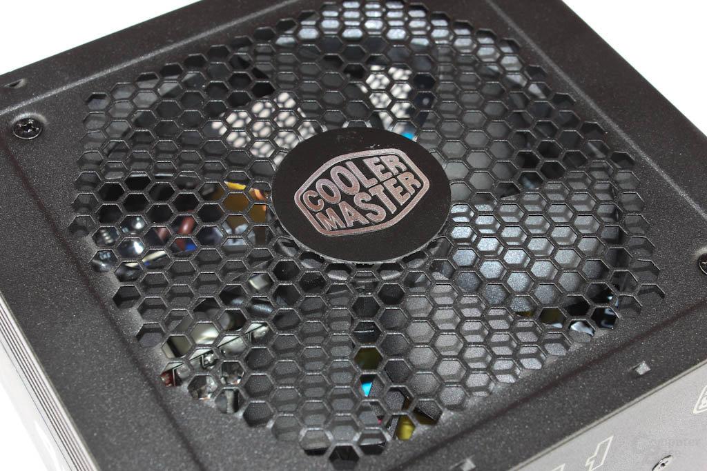 Cooler Master G450M –  Lufteinlass im Detail