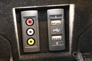 USB- und Analog-Eingänge in der Mittelkonsole und im Fond / Telefon-Modul