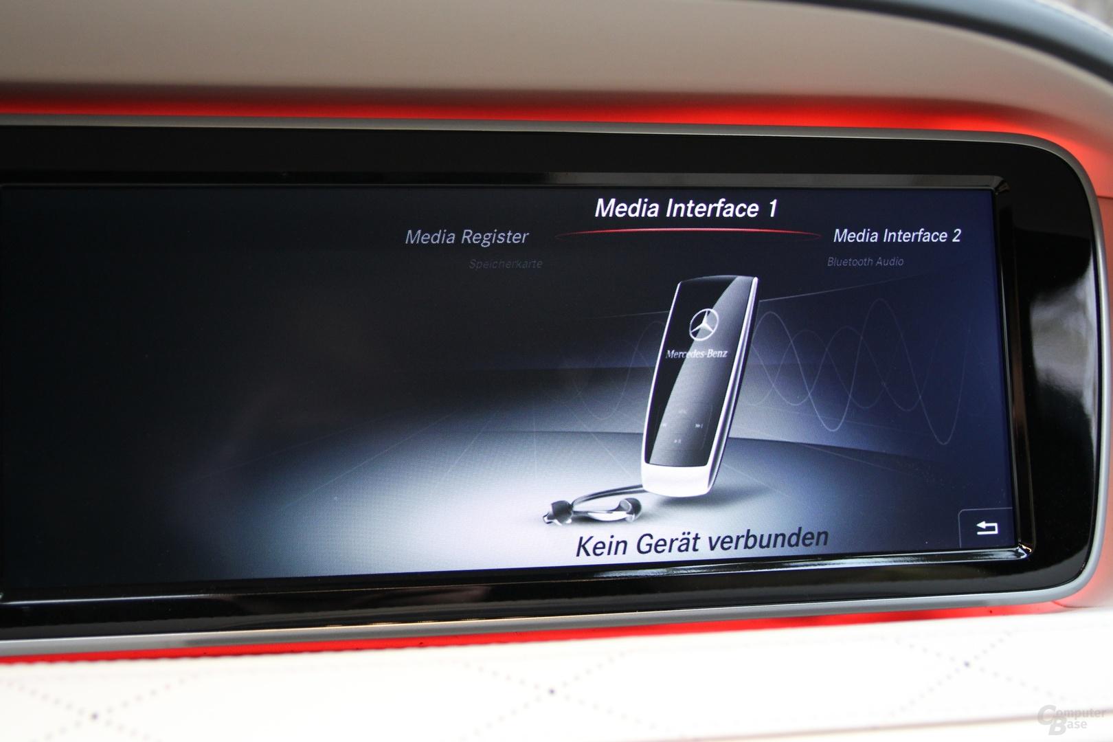 Die S-Klasse hat zahlreiche Schnittstellen für externe Geräte
