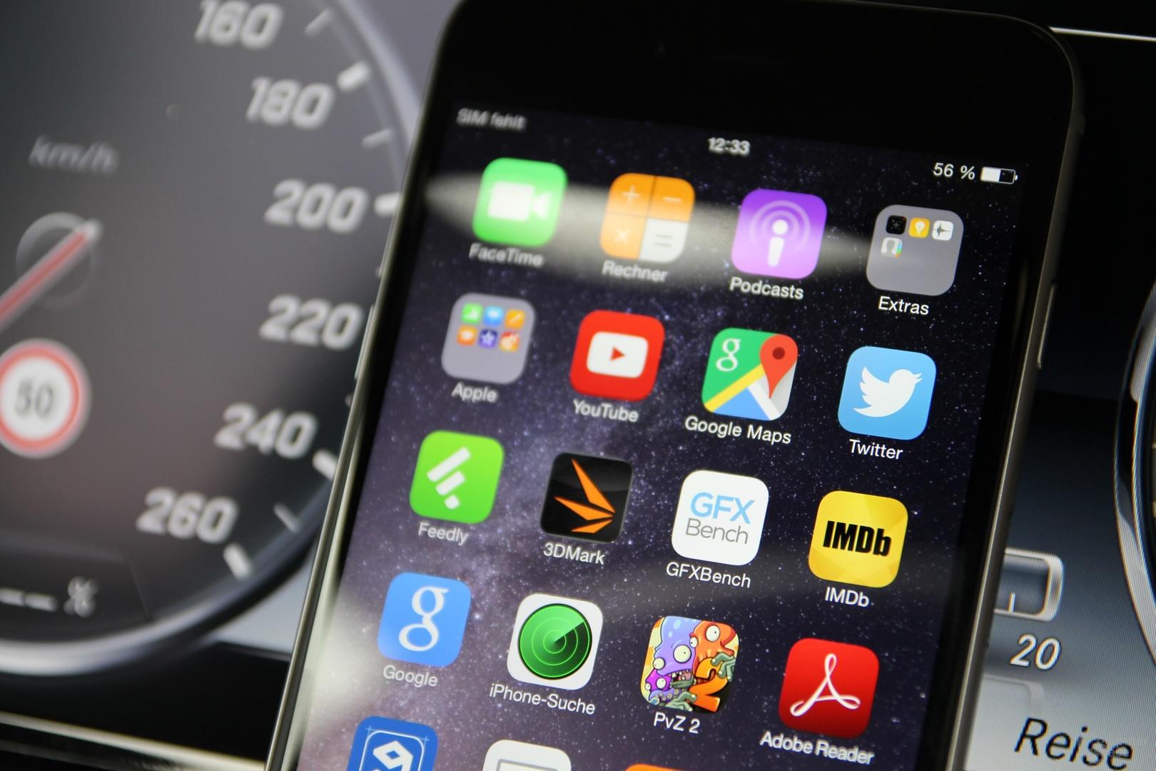 Das Smartphone wird zum immer wichtigeren PKW-Begleiter