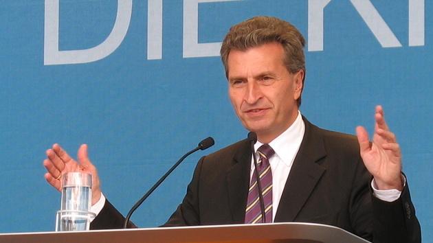 """Günther Oettinger: """"Wer Daten perfekt schützt, kann sie nicht mehr nutzen"""""""