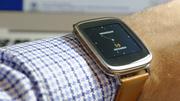 Asus ZenWatch im Test: Gerade noch pünktlich, aber stark limitiert