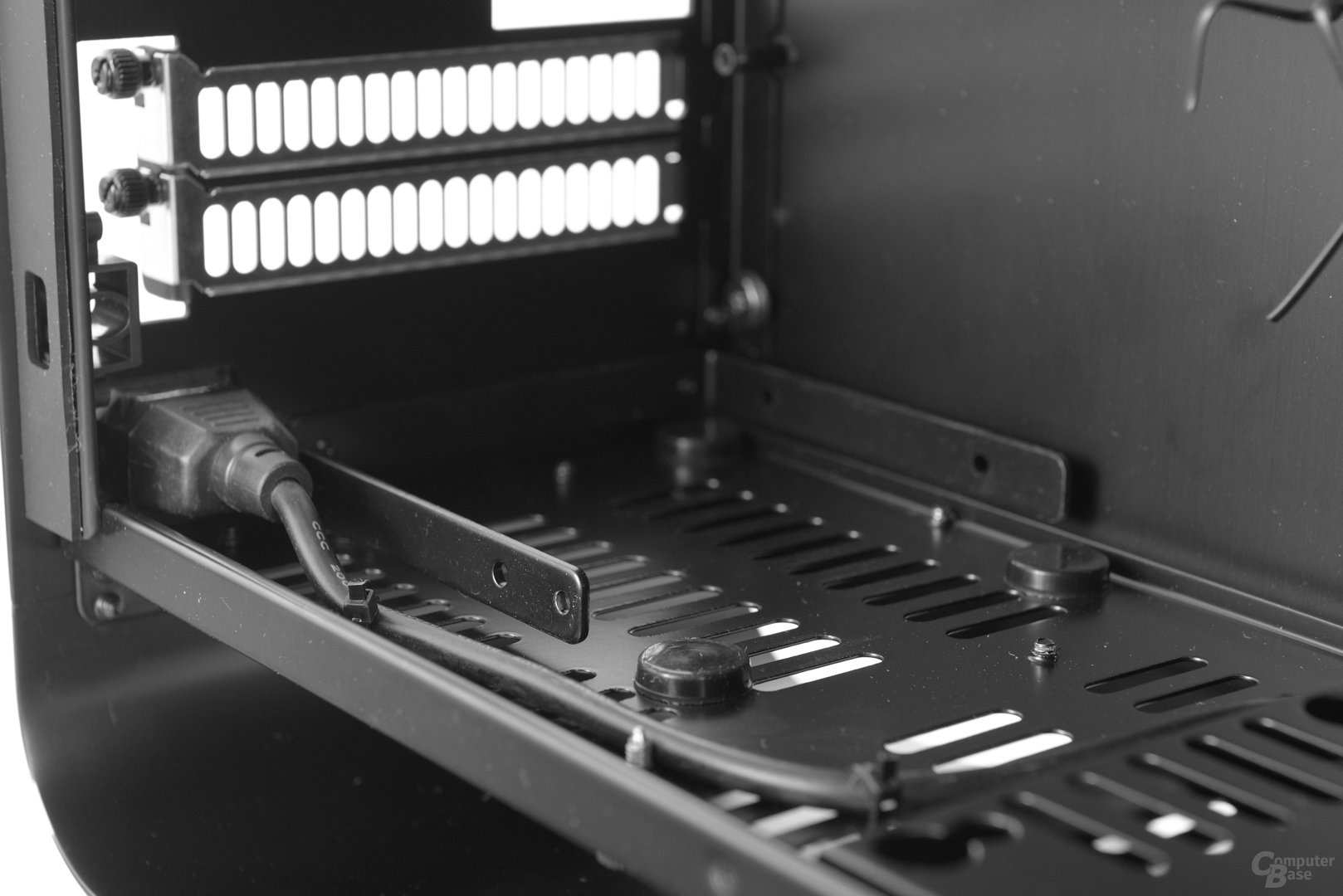 """Cooltek UMX1 Plus – Rahmen und Entkopplung für 3,5""""-Festplatte"""