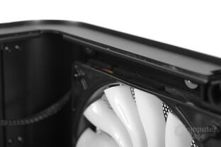 Cooltek UMX1 Plus – Seitenteil entkoppelt