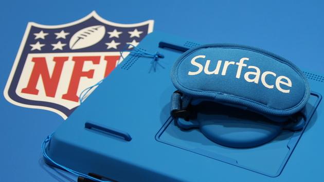 Surface Pro 2: Ein Blick auf das wasserdichte Tablet der NFL