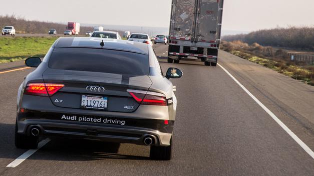 Audi Concept Car: Das Auto, das sich per Smartwatch rufen lässt