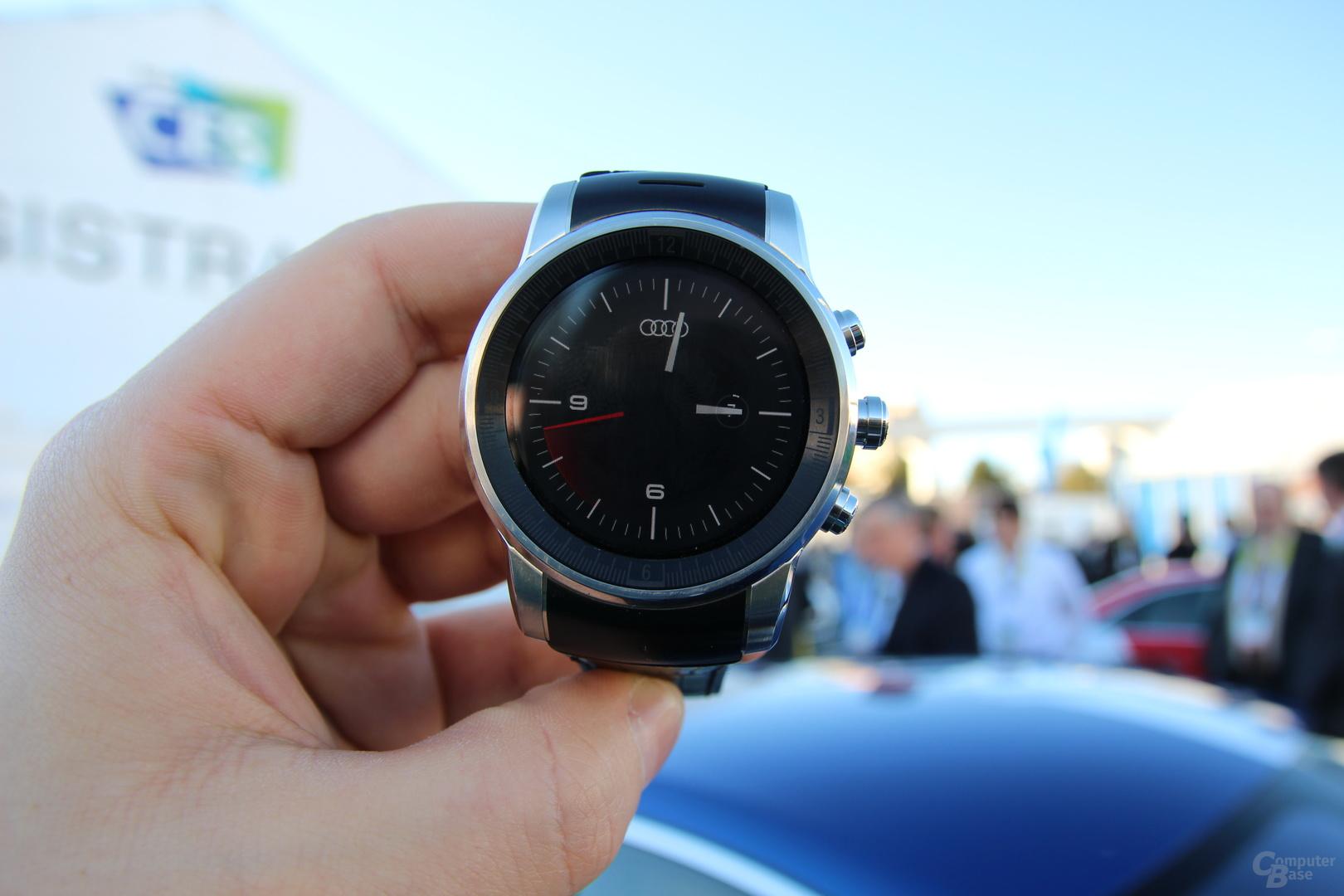 LG-Smartwatch für Audi mit webOS auf der CES 2015