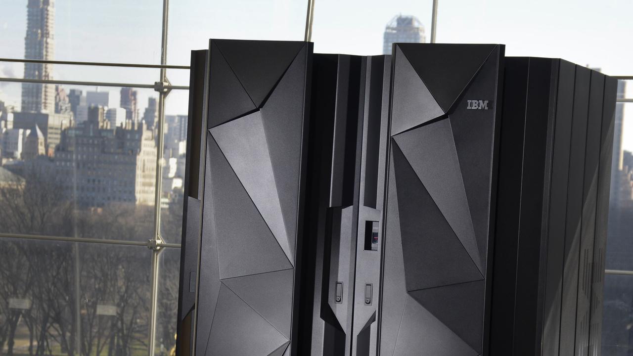 IBM Mainframe: z13 mit 141 5-GHz-Acht-Kern-CPUs in 22-nm-SOI-Fertigung