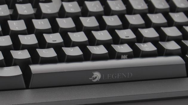 Ducky Legend im Test: Schlichte Konkurrenz für DasKeyboard4