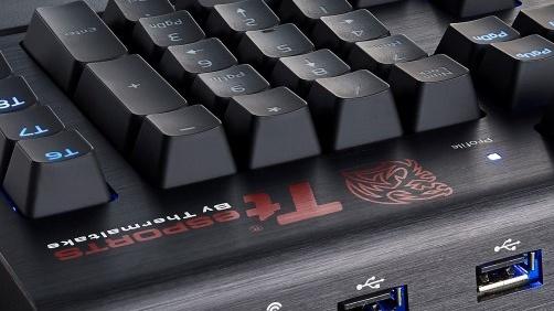 Thermaltake Poseidon Z Forged: Mechanische Tastatur mit DAC-Verstärker