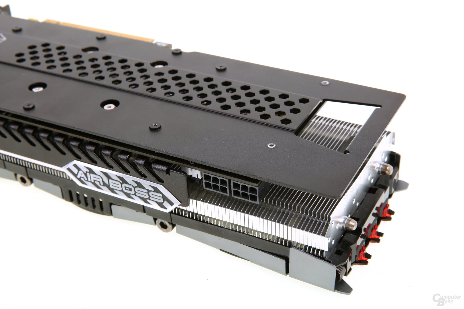 Inno3D iChill GeForce GTX 960 X3 Air Boss - Stromanschlüsse