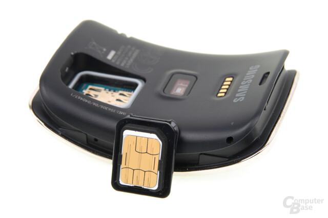 Samsung Gear S – Nano-SIM-Fach
