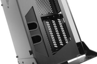 Lian Li PC-O6S – Kabeldurchführungen