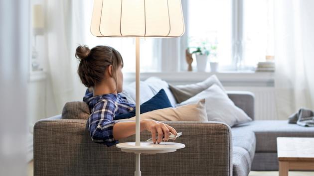 Qi bei Ikea: Tische und Lampen mit kabelloser Ladefunktion