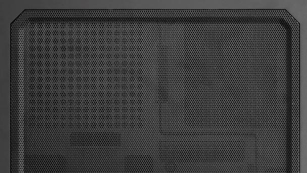 Cougar QBX: Mini-ITX-Gehäuse für Spieler mit langer Grafikkarte