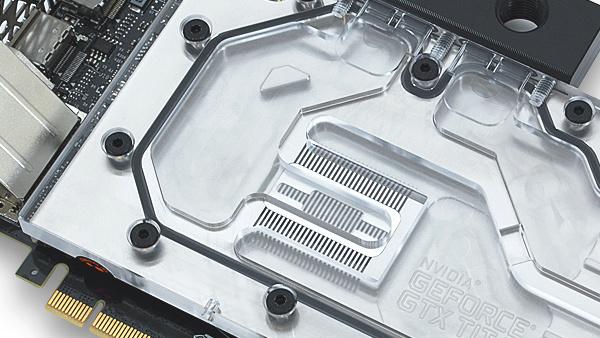 GeForce GTX Titan X: EVGA mit Wasserkühlung und mehr Takt
