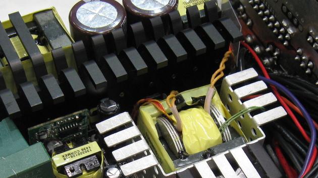 CeBIT 2015: Neue Netzteile von Antec und Thermaltake