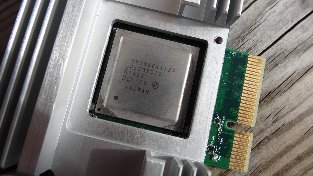 Intel SSD 750 Series im Test: Brachial schnelle SSD mit hoher Leistungsaufnahme