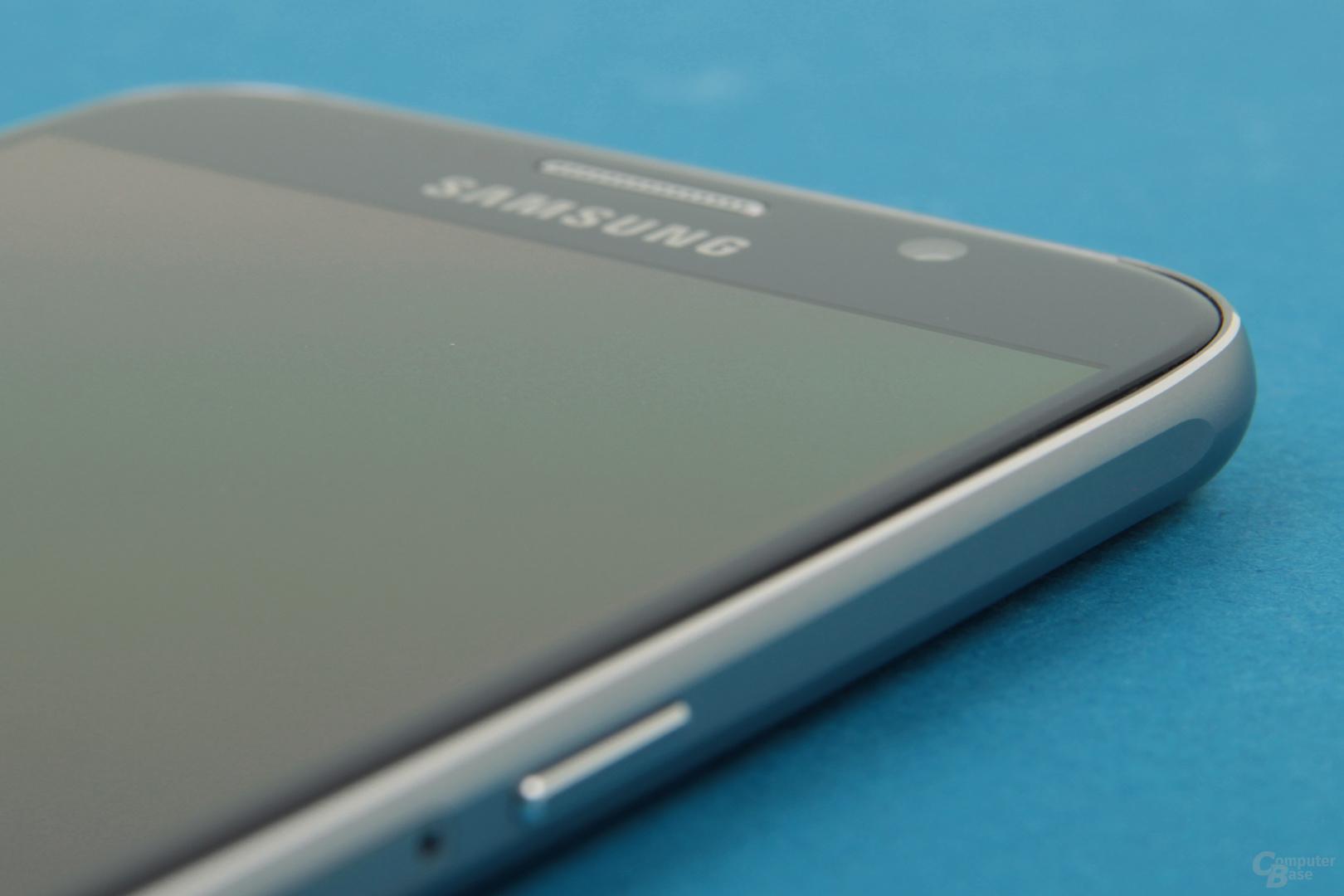 Galaxy S6 mit geradem Display und Gorilla Glass 4