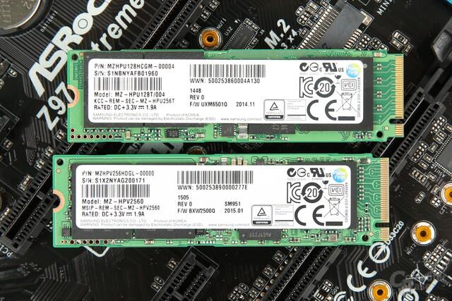 Oben Samsung XP941, unten Samsung SM951