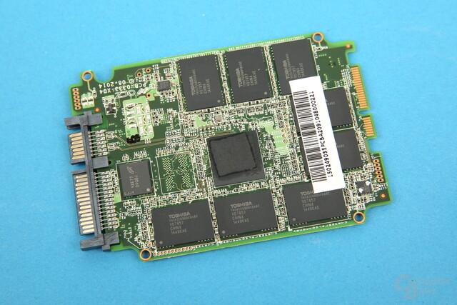 Barefoot 3 und Toshiba-NAND auf der OCZ Vector 180