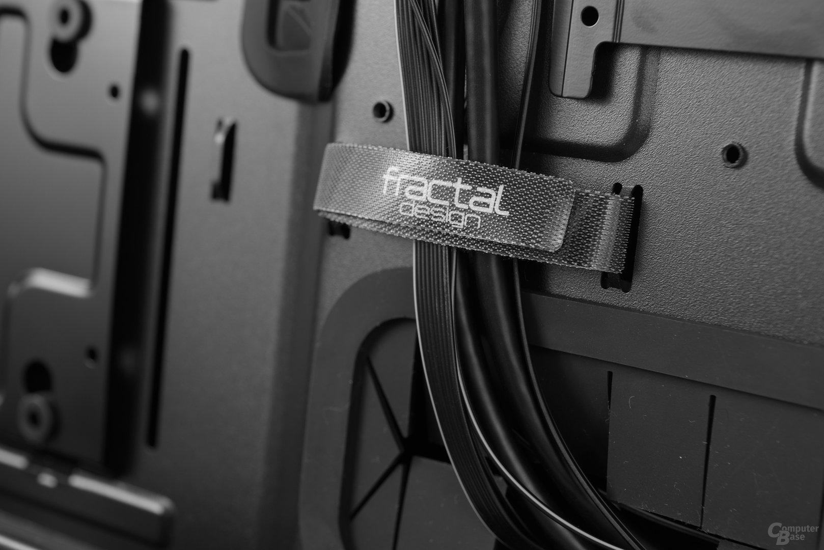 Fractal Design Define S – Klettverschlüsse