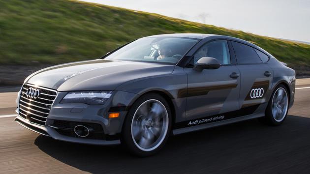 Autonomes Fahren: Audi A7 Piloted Driving Concept auf der A9 unterwegs