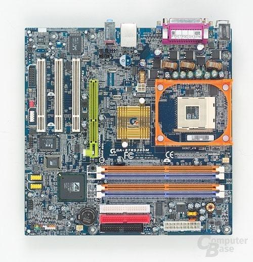 Gigabyte 8TRS300M mit ATi Radeon 9100 IGP
