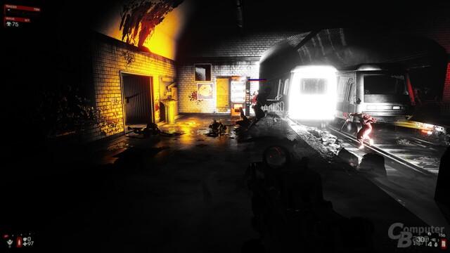 Die U-Bahn-Station wird dank zerstörbarer Lichtquellen zunehmend dunkler