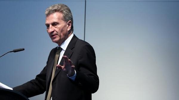 Vorratsdatenspeicherung: Oettinger plant neuen Anlauf für Europa