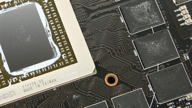 AMD Fiji mit HBM: Hawaii profitiert nur wenig von mehr Bandbreite