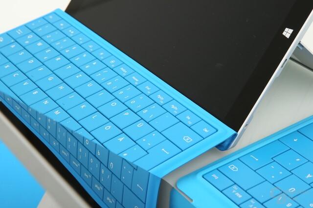 Surface 3 hinten und Surface 2 vorne