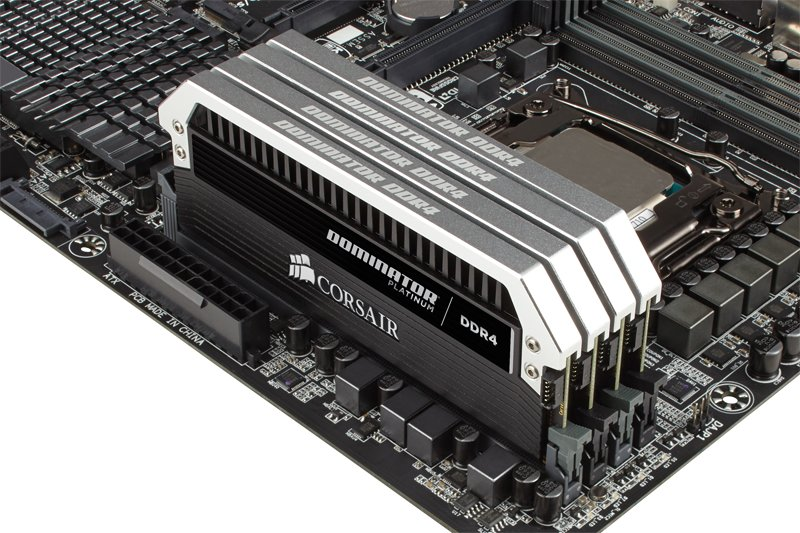 Corsair Dominator Platinum DDR4-DIMM-Kit mit 128 Gigabyte