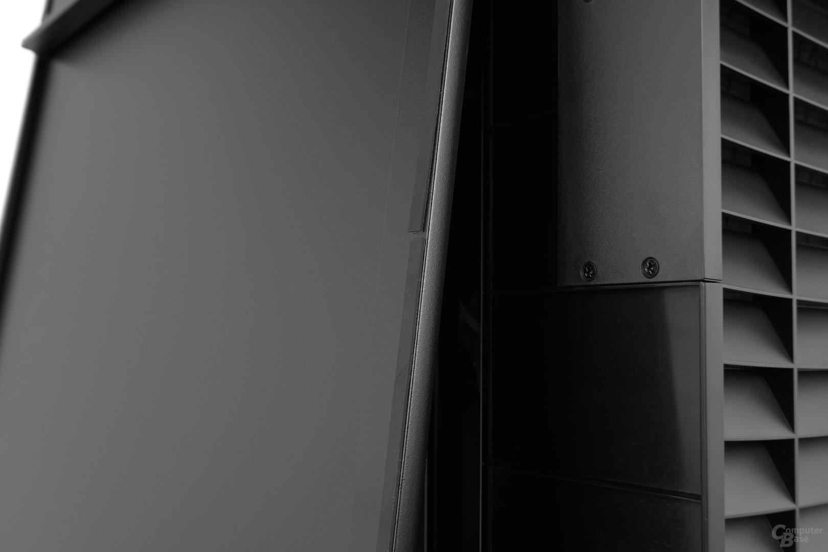 Silverstone Mammoth MM01 – Gummierte Auflagen zur Abdichtung und Resonanzminimierung