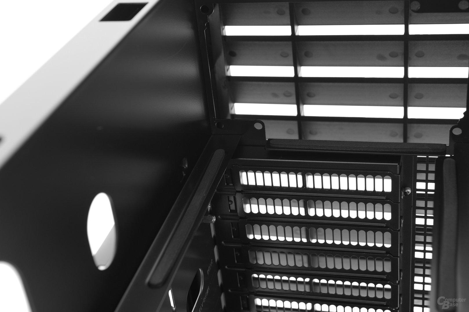 Silverstone Mammoth MM01 – Netzteilposition und Entkopplung