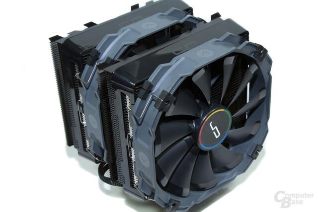Cryorig R1 Ultimate kühlt mit zwei Lüftern